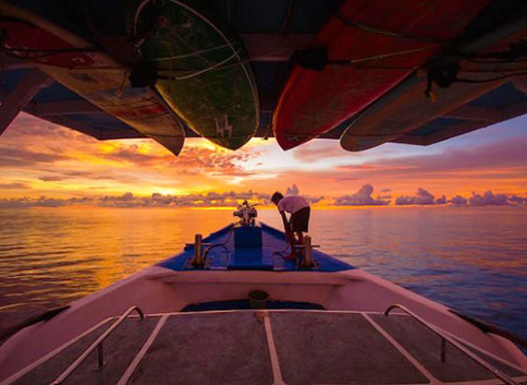 Experience the luxury Mentawai surf boat charters for holidays