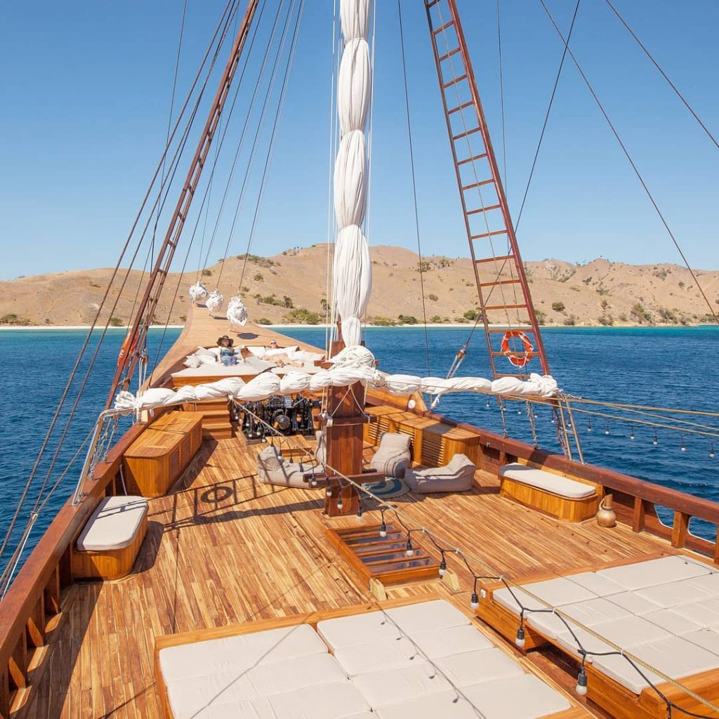 A Mindful Holiday with Komodo Yacht Charter