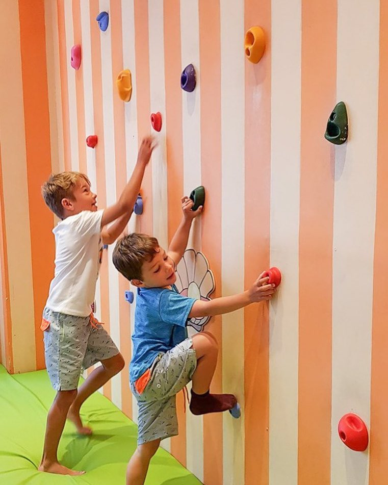 Nusa dua family resort Kids Club