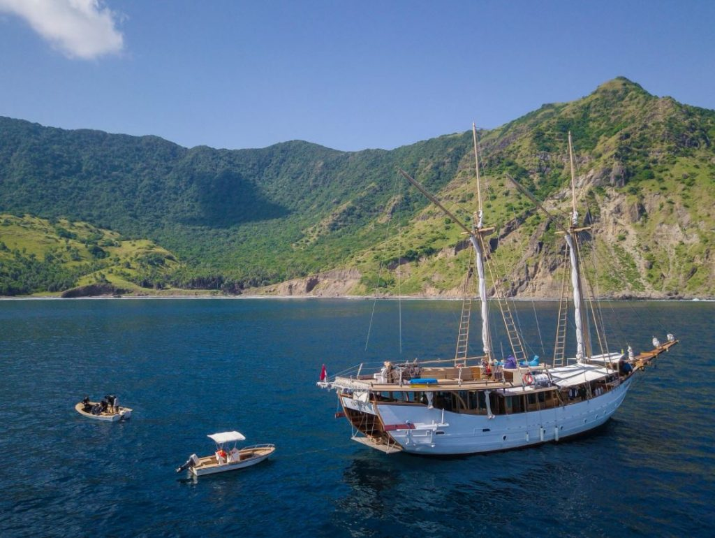 3 Things to See in East Flores by Tanaka Liveaboard